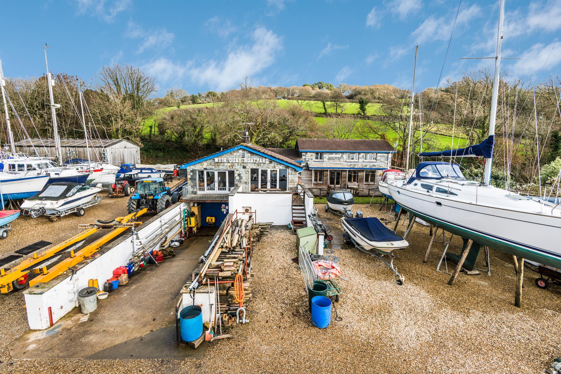 WEIR QUAY BOATYARD, BERE ALSTON, YELVERTON, NEAR PLYMOUTH, DEVON